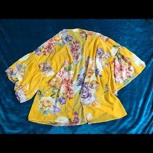 Gold Floral Flow Kimono